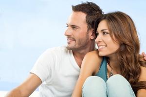 Домострой и свободные отношения – это всего лишь формы отношений. А главным для любой формы является именно содержание, смысл.