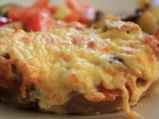Мясо в горчице с помидорами