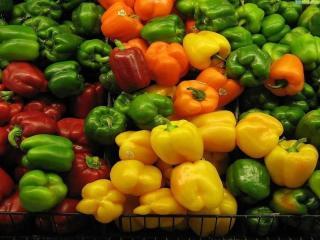 Тушеный болгарский перец с овощами - рецепт с фото