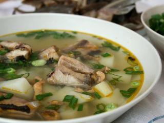 Уха. Рецепты первых блюд из рыбы