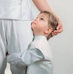 Малыша-Рака видно с самых пеленок - он всегда остро нуждается в опеке матери, в ее защите и постоянном пребывании с ней.