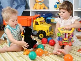 Как покупать безопасные детские игрушки дешевле