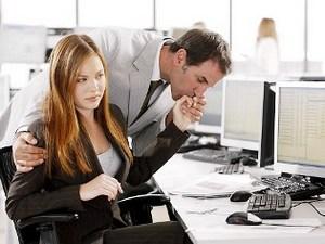 Ритка никогда не бросит работу. Что она готова пожертвовать своей личной жизнью ради этой должности.