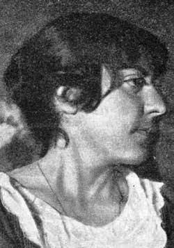 Скажем честно: после того, как времена в очередной раз переменились, Мариэтту Сергеевну Шагинян помнят весьма немногие.