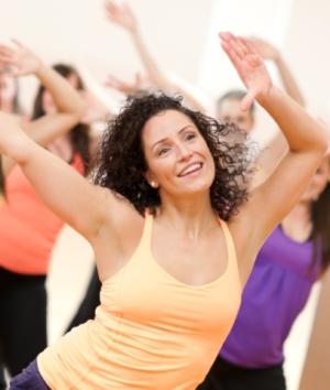 Танцы для похудения - веселые упражнения для занятий дома.