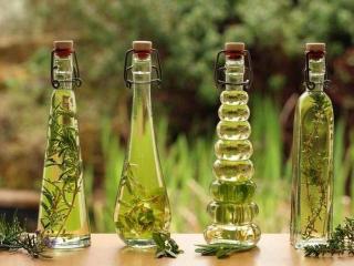 Натуральные масла лекарственных трав: свойства и приготовление