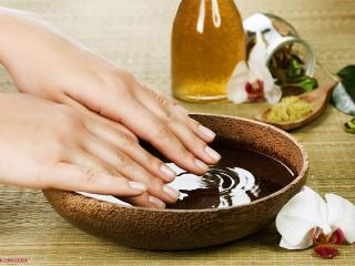Ванночки для ногтей в домашних условиях, как правильно подобрать иншридиенты, состав и частоту процедур.