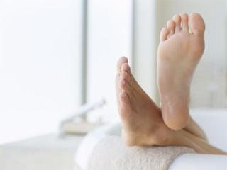 Как вы вылечили пожелтевшие ногти на ногах