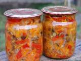 Домашние заготовки грибов на зиму: грибная солянка с овощами