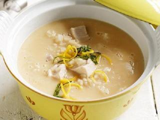 Суп-пюре из курицы с фисташками. Первые блюда из курицы
