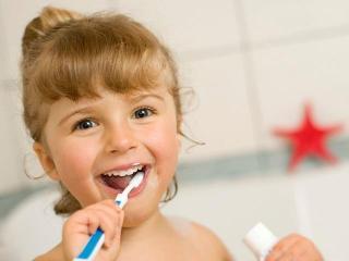 """Мамам на заметку. """"Зубные"""" проблемы у детей (это полезно знать)"""