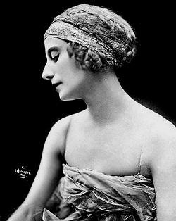 Одно имя знают жители всех государств, где вообще есть балет, и даже тех стран, где его нет. Потому что это имя – Анна Павлова.