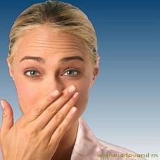 Неприятный запах изо рта. Настои, настойки и отвары для полоскания полости рта при галитозе