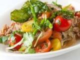 Теплый салат с куриной печенью в мультиварке