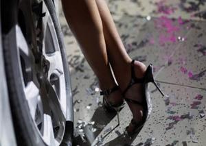 В помощь женщине за рулем: обзор недорогих автомобилей для женщин