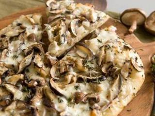 Пицца грибная в домашних условиях