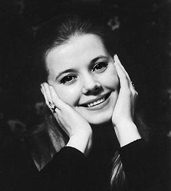 Режиссер Большого театра Б.А. Покровский пишет: «Слияние таланта с любимым трудом делало карьеру Вишневской в театре искрометной и естественной.