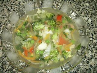 Овощной суп с капустой брокколи