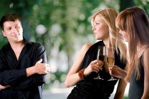 Оказывается, если ты не бросаешься в объятья любого смазливого парня, то у тебя психологические проблемы и комплексы.