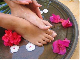 Уход за ступнями ног. Рецепты ванночек для ног (уход за ногами)