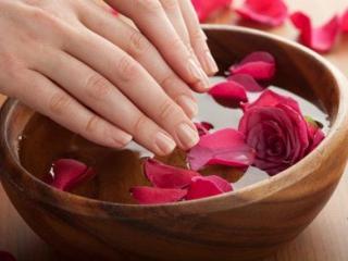 Ванночки для укрепления ногтей. Рецепты красоты ваших рук