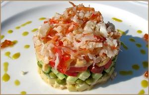 Говорят, что первый салат с крабовым мясом приготовили в Америке и назвали его «Луи».