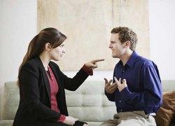 Может быть, заметив обман любимого человека, у вас будет возможность предпринять какие-то шаги, чтобы не допустить разрыва или ухудшения отношений?