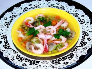 Суп пикантный с креветками. Рецепт первого блюда