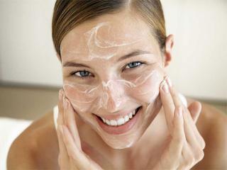 Очищающая маска-скраб (рецепты красоты  наших читательниц)