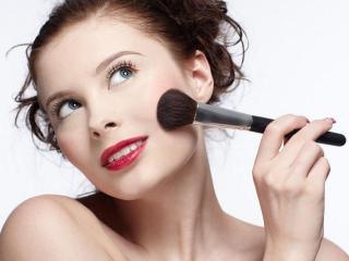 Правила макияжа. Косметические средства для лица