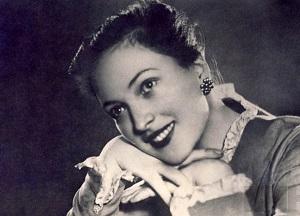 В 2000 году в Кембридже определялись лучшие актрисы тысячелетия. Выбор пал на Клару Лучко.