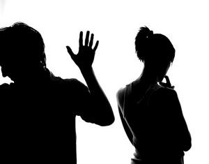 Как быть, если один из супругов тайком от другого совершает крупные покупки?