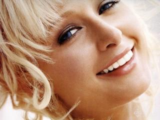 Ваша белозубая улыбка. Отбеливание зубов