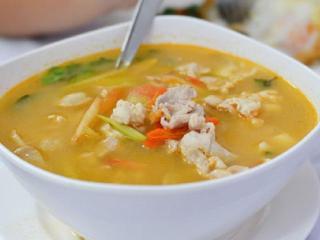 Летний куриный суп-пюре с овощами