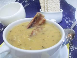 Гороховый суп с копченостями. Рецепт с фото