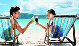 Говорят, что отпуск порознь чрезвычайно освежает семейные отношения, вот мы и решили освежить.