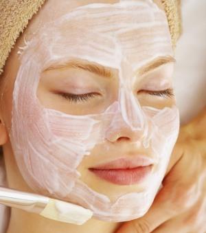 Уход за лицом. Рецепты масок для увядающей кожи